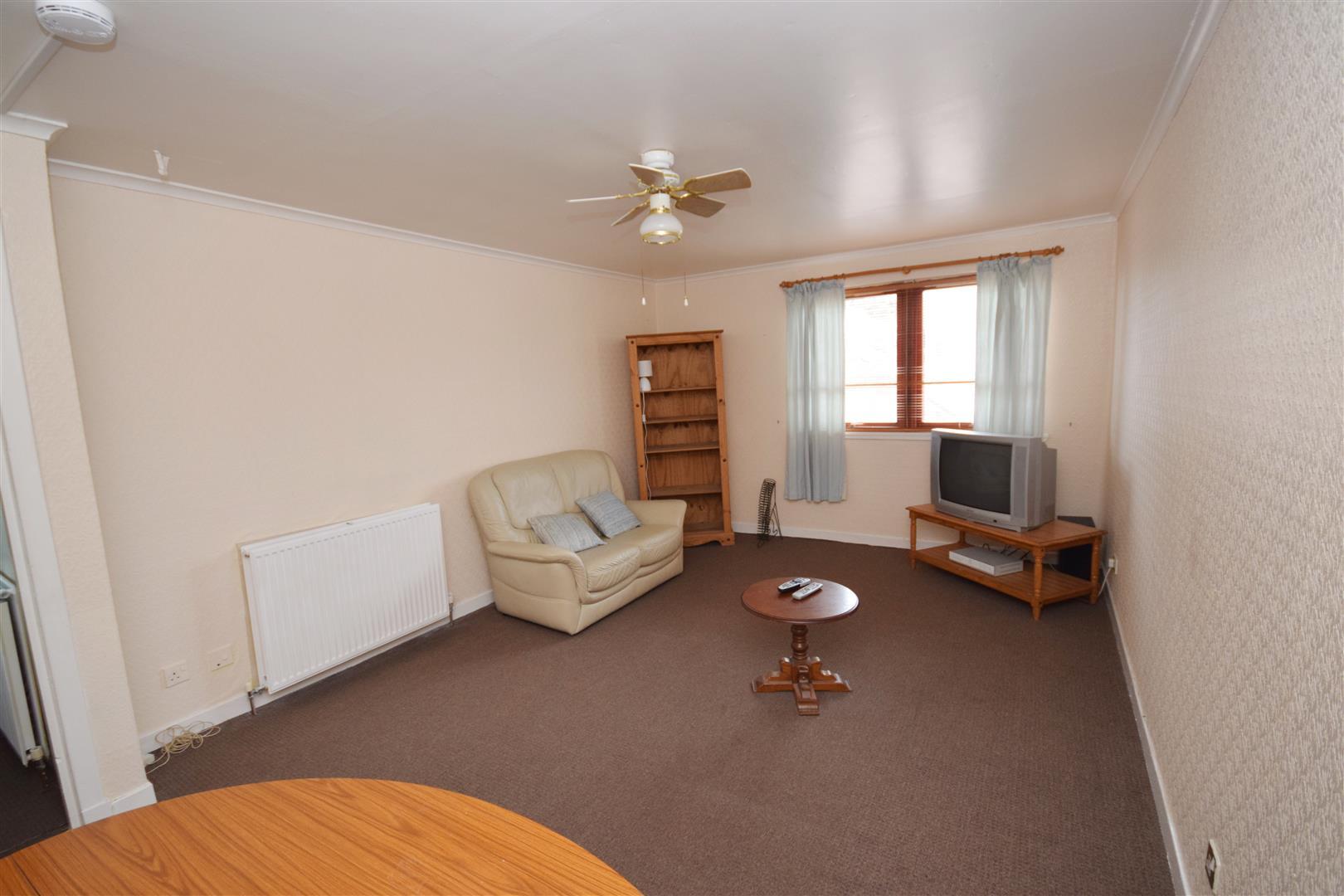 Flat E, 11, West High Street, Crieff, Perthshire, PH7 4AU, UK